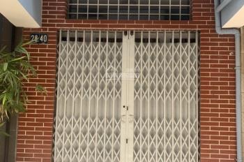 Nhà 28/40 Trần Bình Trọng HXH 1 trệt 2 lầu vệ sinh giá 12,5tr/th