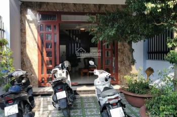 Nhà bán ở Nguyễn Thị Sóc còn rất mới, đang cho thuê 7tr/th sổ hồng riêng, cách chợ đầu mối 200m
