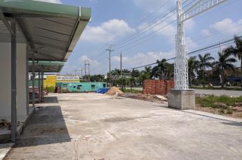 Cần sang nhượng 2 kiot mặt tiền cổng trung tâm KCN Tân Đức - Hải Sơn, Đức Hòa, Long An
