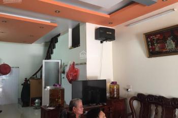 Nhà 3 tầng 1 tum đẹp 40m2, MT 4m, khu tái định cư Yên Hà Yên Viên, đường rộng có vỉa hè, giá 2.2 tỷ