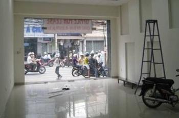 Cho thuê mặt bằng kinh doanh phố Giải Phóng - Giáp Bát, 55m2, cực vip