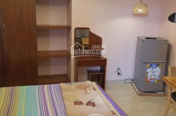 Phòng cho thuê giá rẻ 372 CMT8, p10, q3. Liên hệ 0775797788