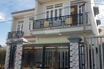 Gia đình cần tiền bán gấp căn nhà ở Trần Văn Mười, Hóc Môn, DT 5X20, Gía 1ty150, LH 0934404492