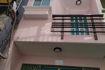 Cho thuê nhà nguyên căn Nguyễn Thượng Hiền, 4*10m, 2 tầng, 10 triệu/tháng