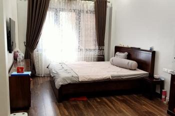 Bán nhà đẹp phố Yên Lãng, 45m2*4T, ngõ ba gác, cách ô tô tránh 30m, ngõ thông vị trí lô góc.