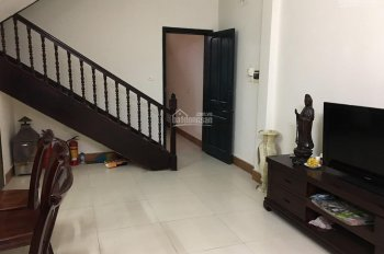 Chính chủ cho thuê nhà gần Trịnh Công Sơn làm CHDV, homestay, DT 53m2 x 4 tầng, MT 7m. 0904682329