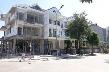 Cần bán lô đất biệt thự đơn lập 404m2. 2 mặt tiền dự án Jamona Home resort 30tr/m2 0932424238