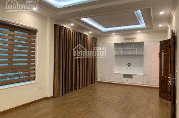 Cho thuê nhà ngõ ô tô đỗ cửa phố Giải Phóng, 60m2 x 4,5 tầng, full điều hòa, 17 triệu/th