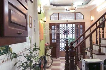 Cho thuê nhà 77m2, 4 tầng tại Nguyễn Khang, Cầu Giấy giá rẻ