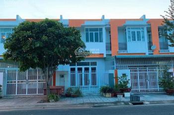 Bán nhà mặt phố 118.7m2, KDC Phú Cường, ngay vòng xoay nhạc nước, LH 0917800667