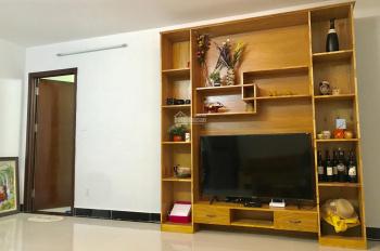 Chuyển công tác cần bán căn hộ Phoenix A 2 phòng ngủ, 2WC trung tâm Chí Linh hướng đông nam mát mẻ