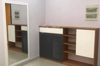 Căn hộ Dragon Hill 2, 2 phòng ngủ, 2WC, có nội thất dính tường, giá 10.5 triệu/tháng