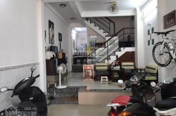 Bán nhà đẹp mặt tiền đường trong Bà Hom, Q.6, diện tích 4mx16m khu vực sầm uất giá chỉ có 11 tỷ