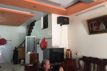 Bán nhà 3T 1 tum, 40m2, MT 4m, khu tái định cư Yên Hà Yên Viên, nhà đẹp, đường to có vỉa hè, 2.2 tỷ