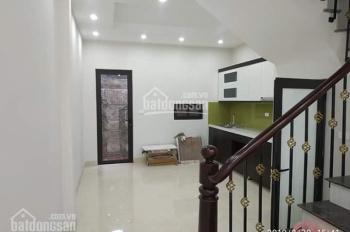 Bán nhà phố Bồ Đề - Long Biên - Hà Nội, DT: 48m2, MT: 4m, H: Đông Nam. LH: 0978.198.552