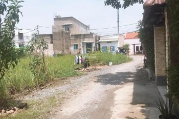 Bán đất ngay ngay khu công nghiệp Vĩnh lộc A , Bình chánh . Giá 780 triệu 50 m2 . LH 0911517079 .