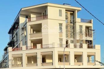 Cần bán gấp nhà 5 tầng ngay trung tâm TP Quảng Ngãi đường 50m giá chỉ cần bỏ 2 tỷ. LH: 0931923929