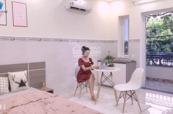 Căn hộ full nội thất có ban công cực đẹp gần Đầm Sen Park