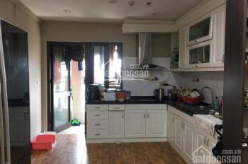 Bán căn hộ D2 Giảng Võ, Ba Đình, 110m2, 3PN, có sổ, tầng cao, giá chỉ 48tr/m2. LH: 0904548080