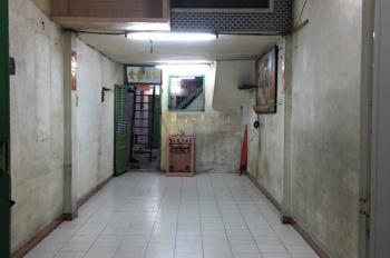 Cho thuê nhà mặt tiền lớn Lãnh Binh Thăng, Quận 11, 54.5m2, tiện kinh doanh (0798589709 chị Bình)
