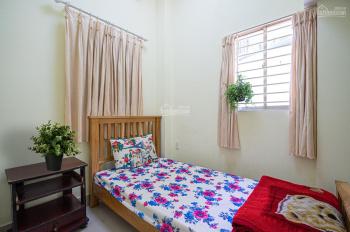 Phòng cho thuê giá rẻ full nội thất, bếp, Bùi Viện Q1, giờ tự do