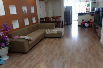 Chính chủ cần bán gấp căn hộ CT1 Văn Khê 2 phòng ngủ, full đồ. Liên hệ: 0988862085