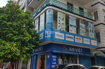 Mặt phố Nguyễn Xiển cần cho thuê. DT 80m2 xây 4T, mặt tiền 6m, vỉa hè 3m