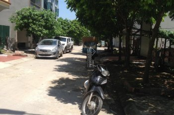 Bán lô đất liền kề Cổng Đồng La Khê cách đường Tố Hữu chỉ 60m, giá 3,35 tỷ
