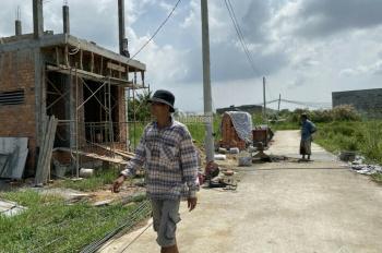 Đất xây trọ Đức Hòa Đất thổ cư 100%, sổ hồng riêng, khu dân cư Dragon Center