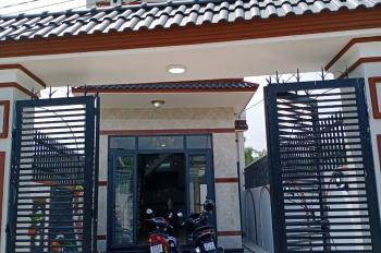 Bán nhà ngay ngã tư Bình Chuẩn, 1 lầu, 3 phòng ngủ, 90m2, sổ riêng. LH: 0965734713 Thảo