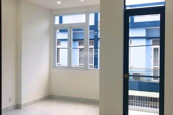 Nhà mới 1 trệt 2 lầu, 4pn,3wc đường xe hơi cách Lò Lu 200m, giá chỉ 3.6 tỷ, TL chính chủ. Giá siêu