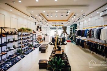 Cho thuê cửa hàng mặt phố Quán Thánh, 42m2 x 4 tầng, MT 4m, thuê 30tr/th. LH 0944093323