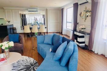 Gia đình cần bán gấp căn hộ KĐT Ciputra, DT 168m2, 3PN, 2VS, giá 6 tỷ, full nội thất nhập khẩu