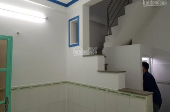 Bán nhà Lương Văn Can quận 8, ngay hẻm 28