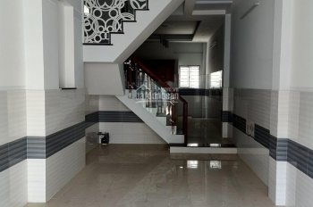 Định cư bán gấp nhà góc 3MT HXH Hậu Giang, P12, Q6  4x16m 3 lầu nhà đẹp giá chỉ 7.5 tỷ