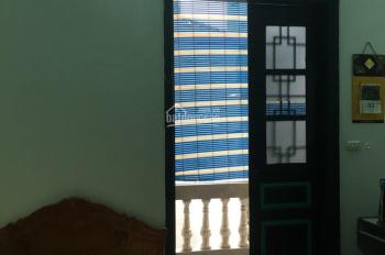 Cho thuê nhà trong ngõ Tôn Đức Thắng, 4 tầng, DT 32m2, giá 8,5 tr/th