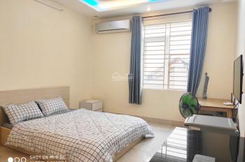 Cho thuê phòng thoáng mát ngay mặt tiền cô giang. LH 0788854116