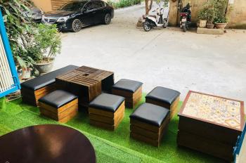 Cho thuê lại tầng 1 mặt phố Nguyễn Văn Huyên Cầu giấy làm cửa hàng kinh doanh hoặc quán cafe