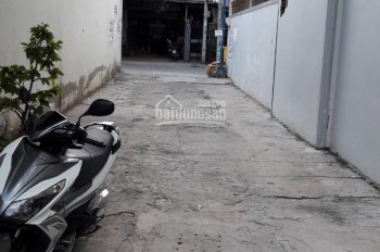 Nhà đất DT (4x15m) đường xe hơi gần chợ Tăng Nhơn Phú B, giá bán nhanh 2,6 tỷ