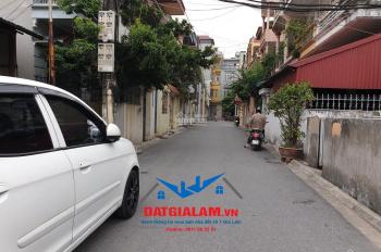 Bán nhà 3 tầng 3 mặt thoáng 64m2, khu TT cầu 14, Sài Đồng, Long Biên. LH: 0911882281