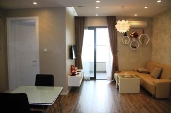 Cho thuê căn hộ 100m2, 03 PN nội thất điều hòa, sàn gỗ phù hợp làm VP khu THNC 12tr/th, 0915074066