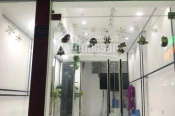 Cho thuê nhà mặt phố đường Trung Kính, Trung Hòa 76m2 x 6T mới xây có thang máy, 40tr/th