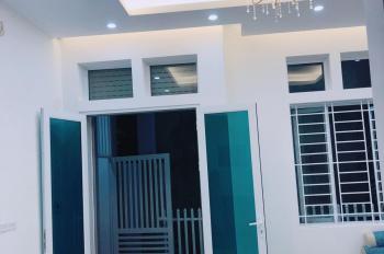 Chính chủ bán căn nhà ngõ 1 Võ Chí Công đi thông ngõ 2 và ngõ 4 Hoàng Quốc Việt