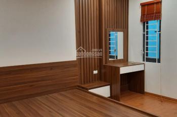 Bán nhà phố Phan Chu Trinh 41 m2, 5 tầng, 3 phòng ngủ, Ô tô 25m, giá 5 tỷ 500, A Hùng: 0936314188