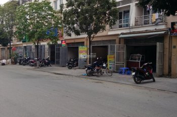 Bán liền kề TT4 Văn Phú. Vị trí đẹp kinh doanh tốt