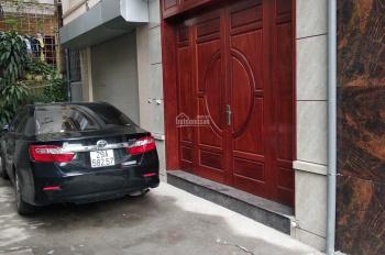 Bán nhà riêng đường Cổ Linh, Hà Nội, DT 30m2, xây 4 tầng 1 tum, giá chỉ từ 1,95 tỷ