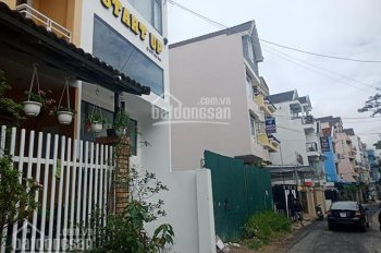 Bán khách sạn 7 tầng, nằm ngay mặt tiền đường KQH Trần Lê, Đà Lạt