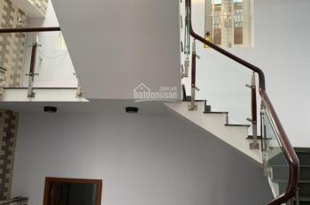 Cho thuê nhà nguyên căn mặt tiền đường 11, trung tâm hành chính Dĩ An. 1 trệt 3 lầu, 0899889959