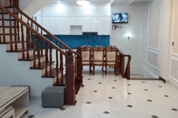 Chính chủ bán nhà 5 tầng phố Văn Phú, Hà Đông có vỉa hè kinh doanh tốt, LH 0975094345