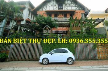 Bán nhà mặt phố Tây Hồ, 215m2, mặt tiền 9m, doanh thu cao, giá rẻ bán gấp